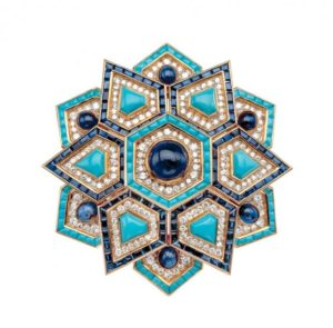 Bulgari and Rome - Pin in yellow gold with turquoise, sapphires and diamonds - inspiration Santa Maria in Trastevere (1970)